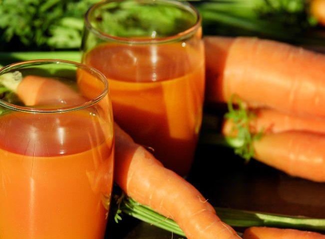 Pulpă și suc de morcov