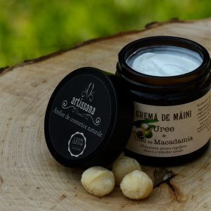 Cremă de mâini cu lanolină și ulei de macadamia